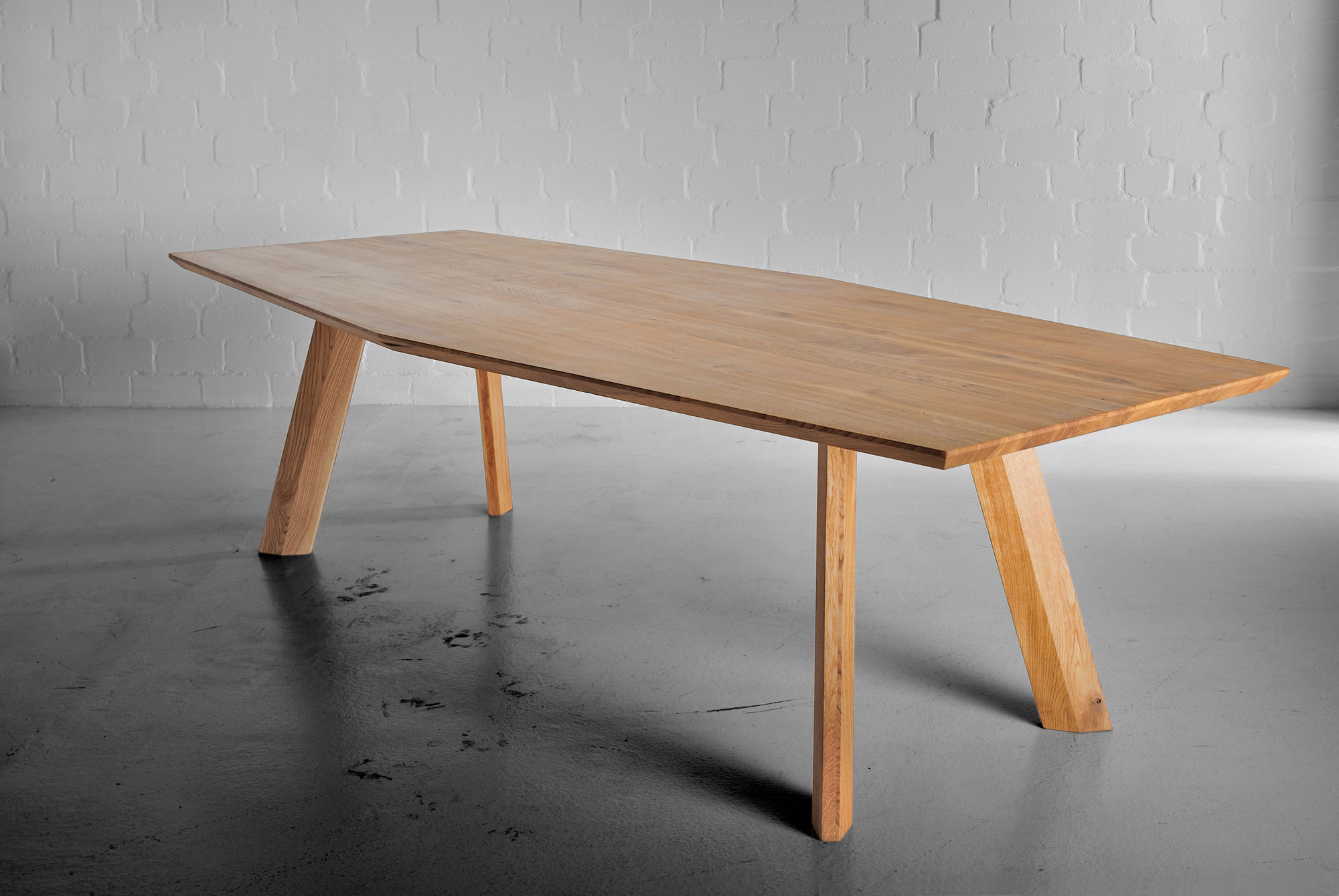 Designer Dining Table RHOMBI d custom made in solid wood by vitamin design