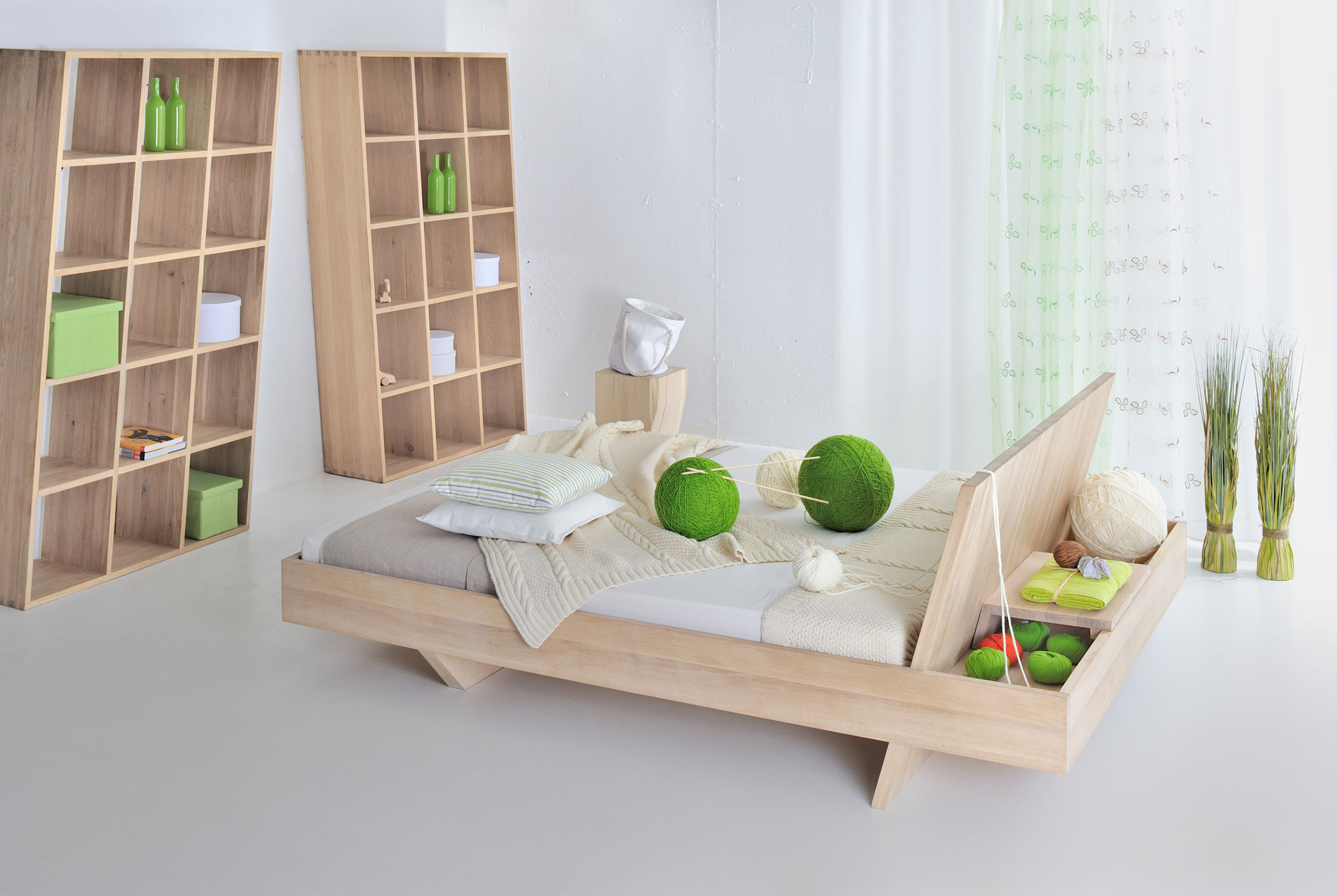 Design Solid Wood Bed SOMNIA 3551 custom made in solid wood by vitamin design