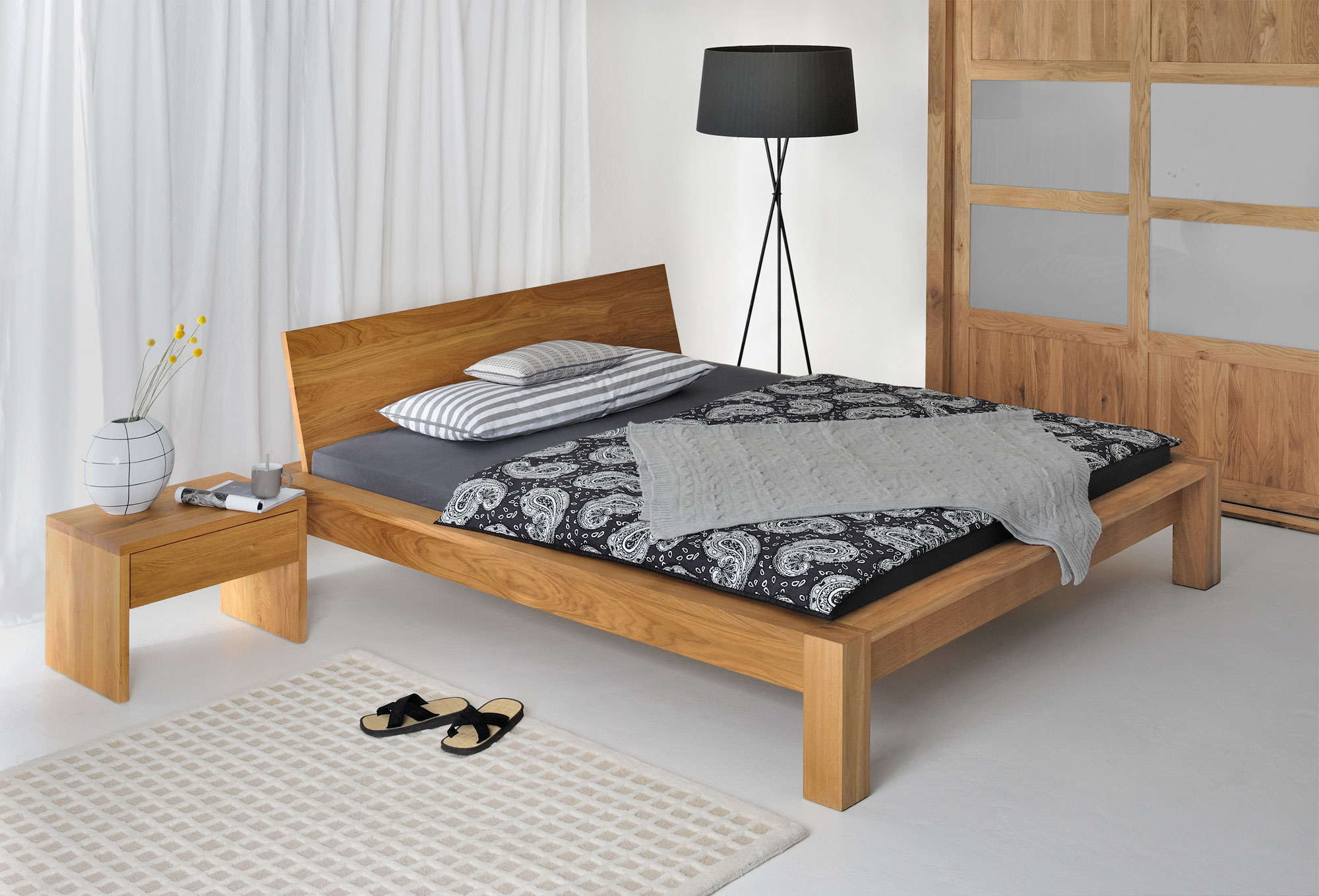 Rustic Oak Bed TAURUS 3159 custom made in solid wood by vitamin design