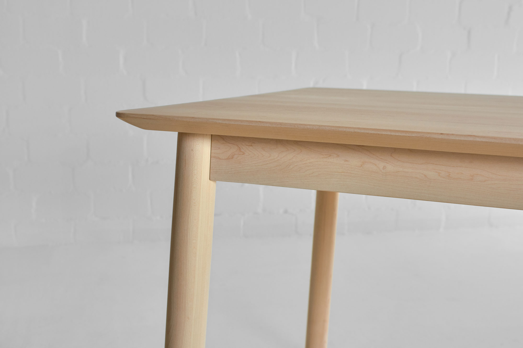 Style Wood Table LOCA 0301 custom made in solid wood by vitamin design