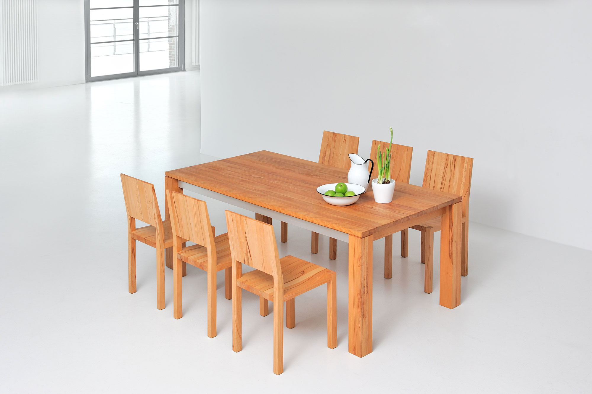 Extendable Dining Table AMBER BUTTERFLY A32726 custom made in solid wood by vitamin design