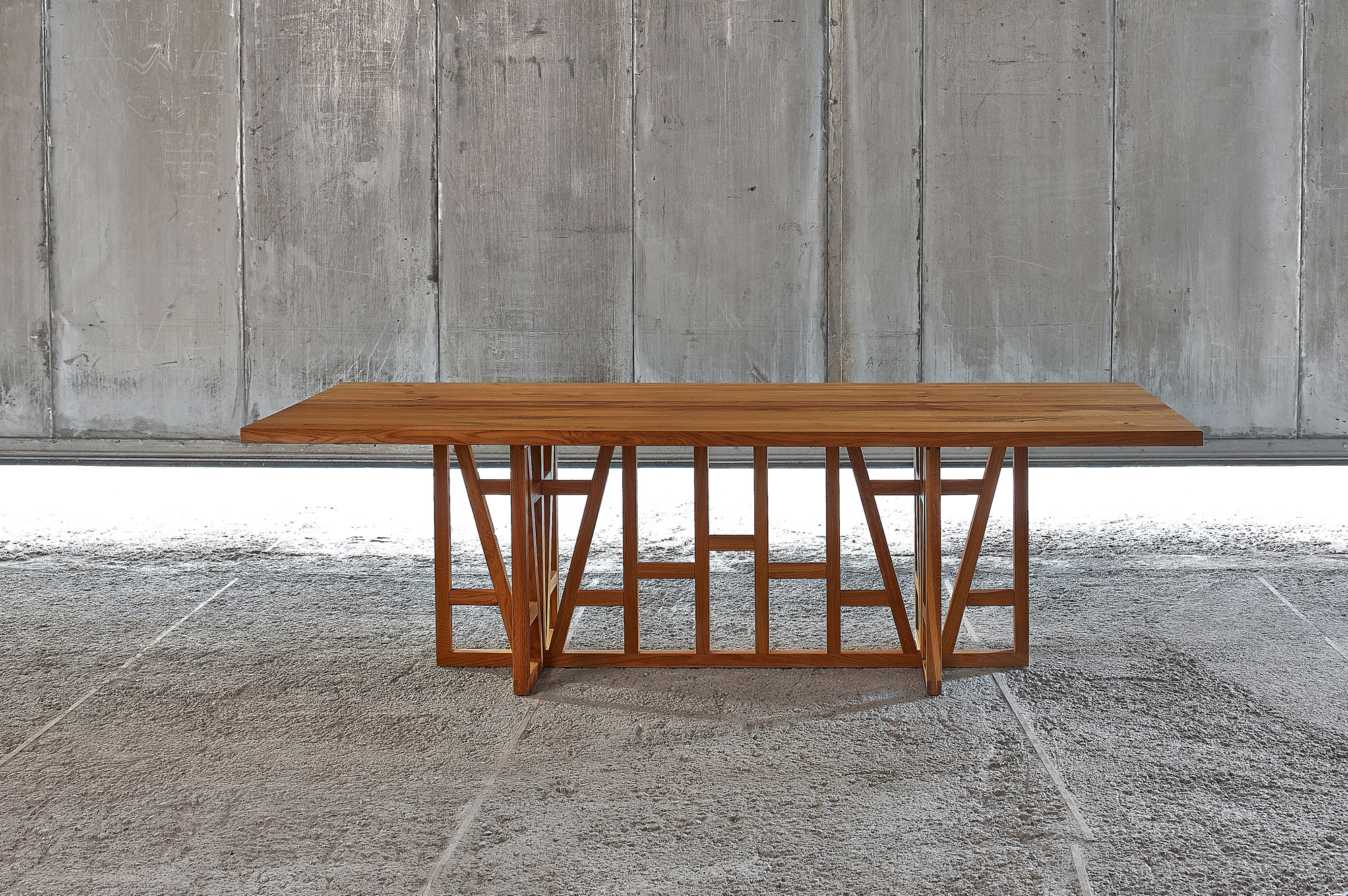 Designer Solid Wood Table FACHWERK 0537a custom made in solid wood by vitamin design
