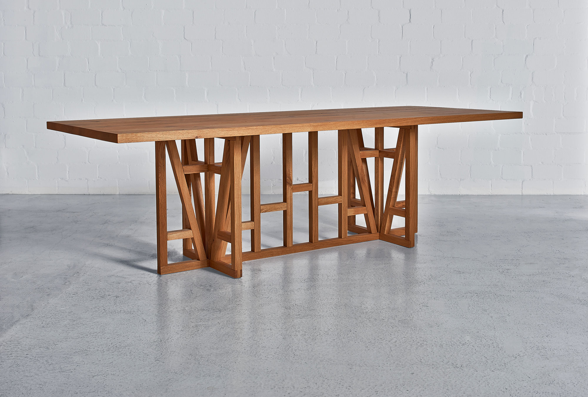 Designer Solid Wood Table FACHWERK 0040a custom made in solid wood by vitamin design