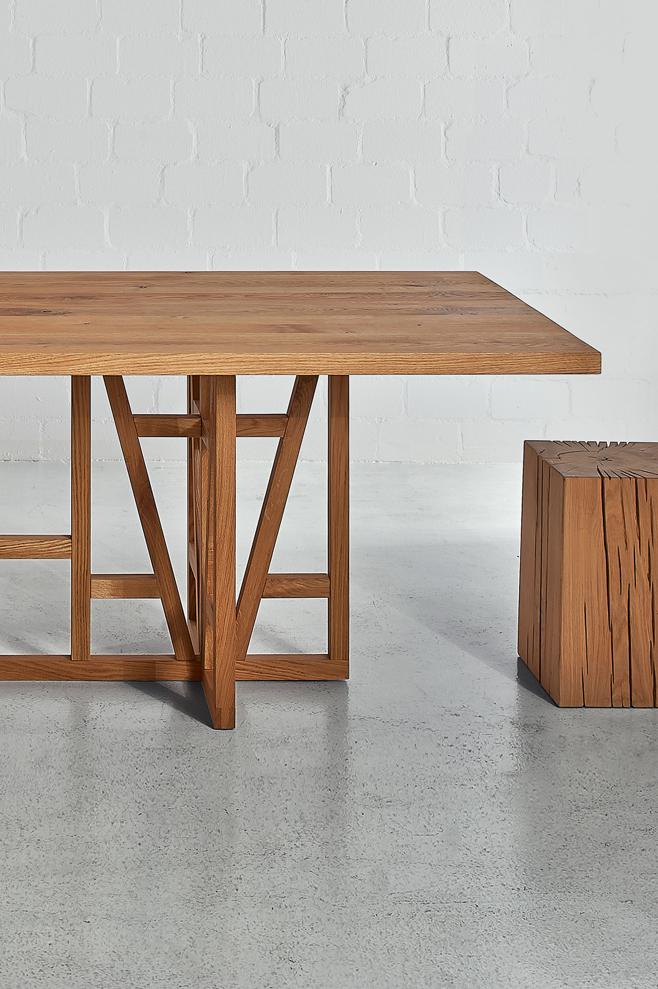 Designer Solid Wood Table FACHWERK 0037a2iia custom made in solid wood by vitamin design