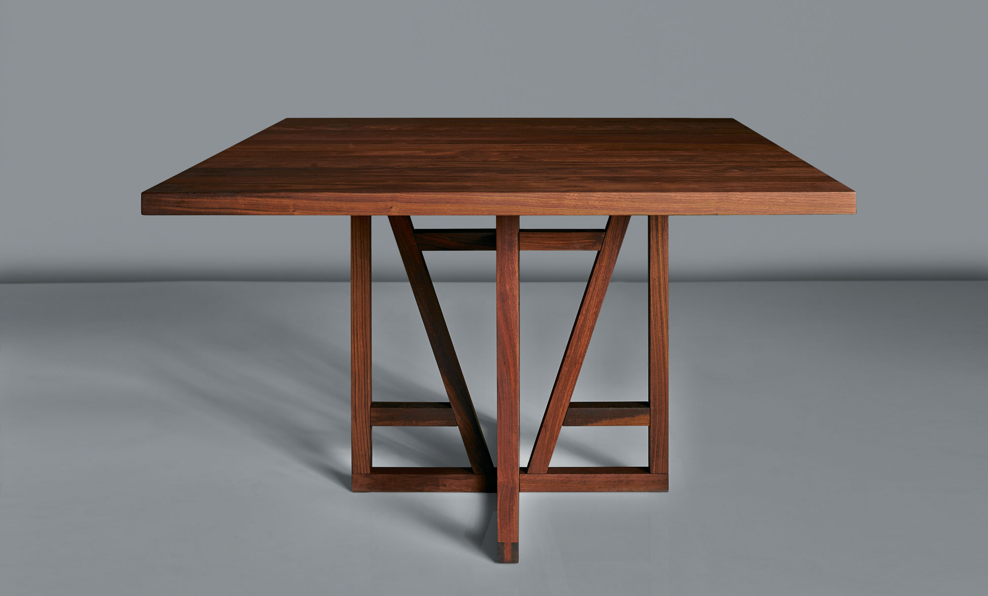 Square Designer Table FACHWERK SQUARE 0232 custom made in solid wood by vitamin design