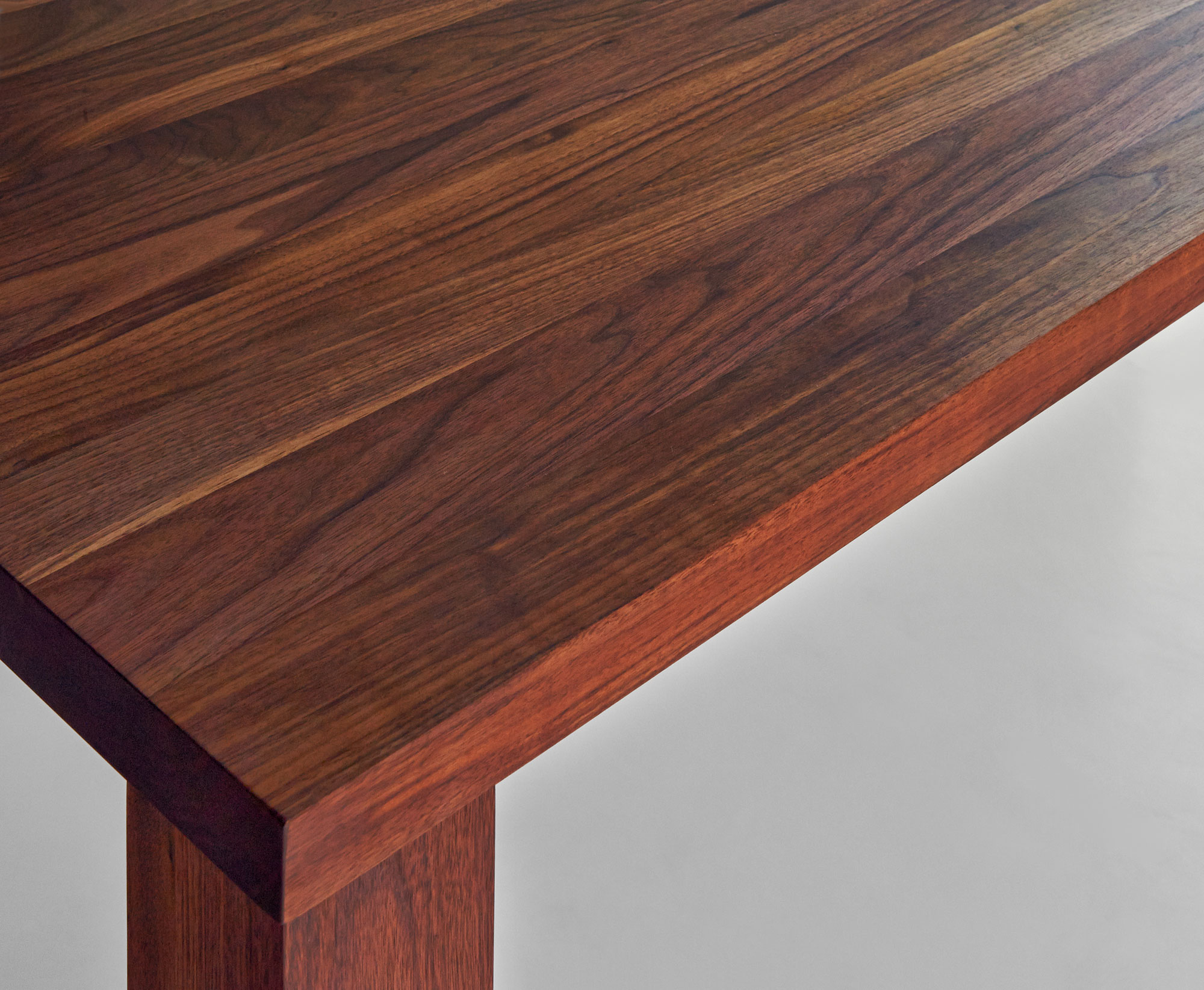 Frameless Solid Wood Table IUSTUS VDC9019a custom made in solid wood by vitamin design