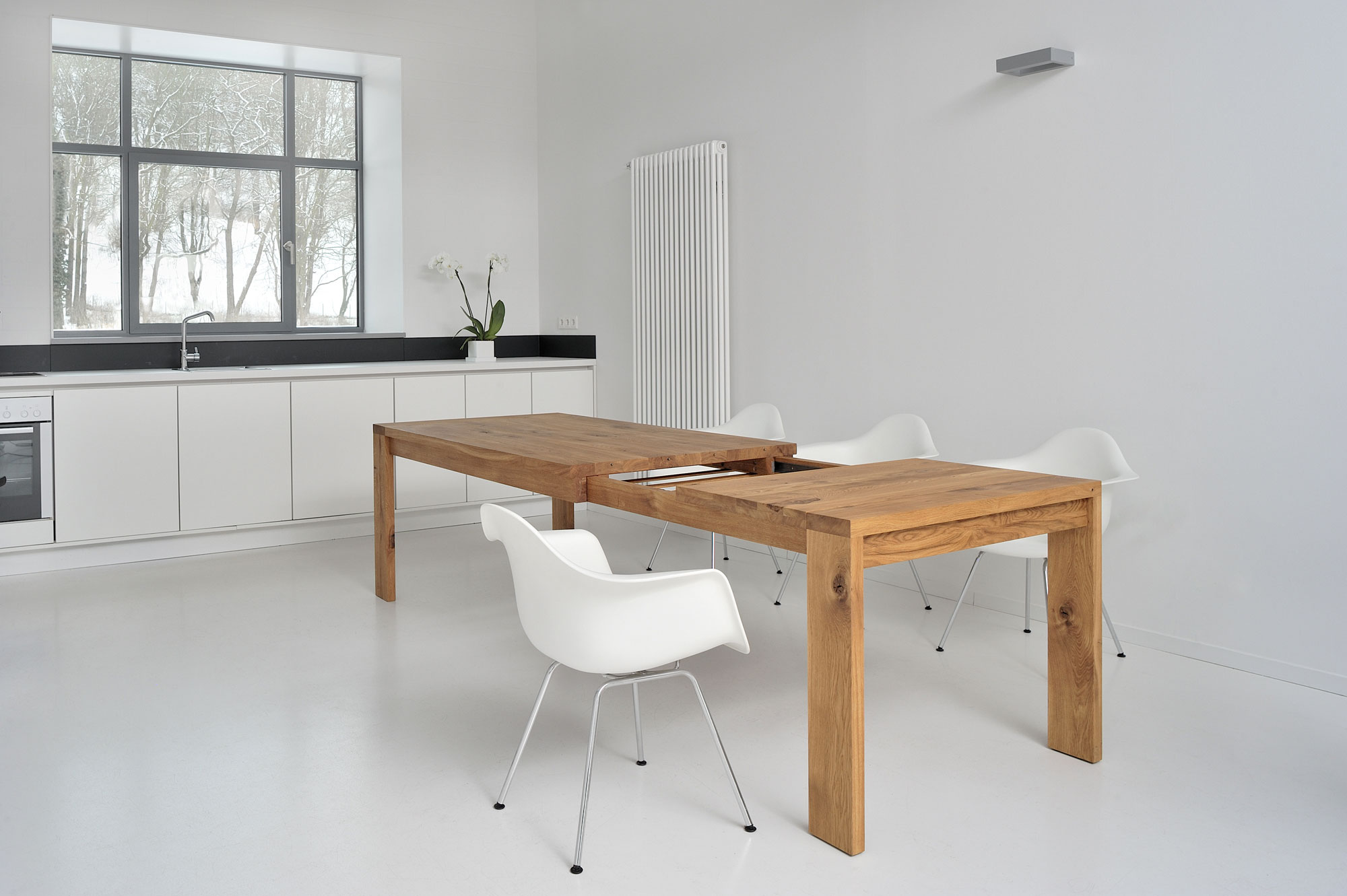 Extendable Table LUNGO 2762 custom made in solid wood by vitamin design
