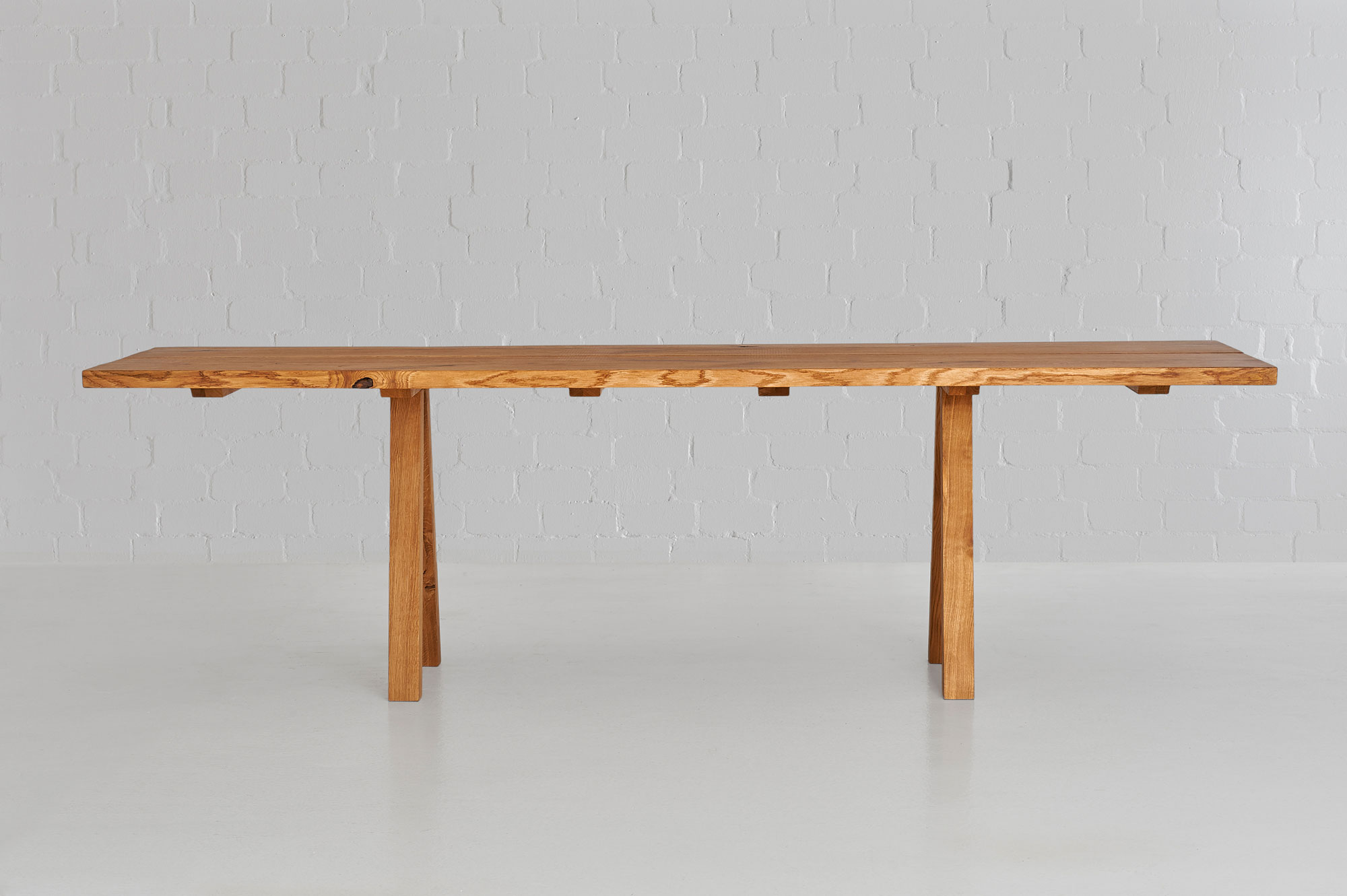 Designer Tree Trunk Table PAPILIO 0475 custom made in solid wood by vitamin design