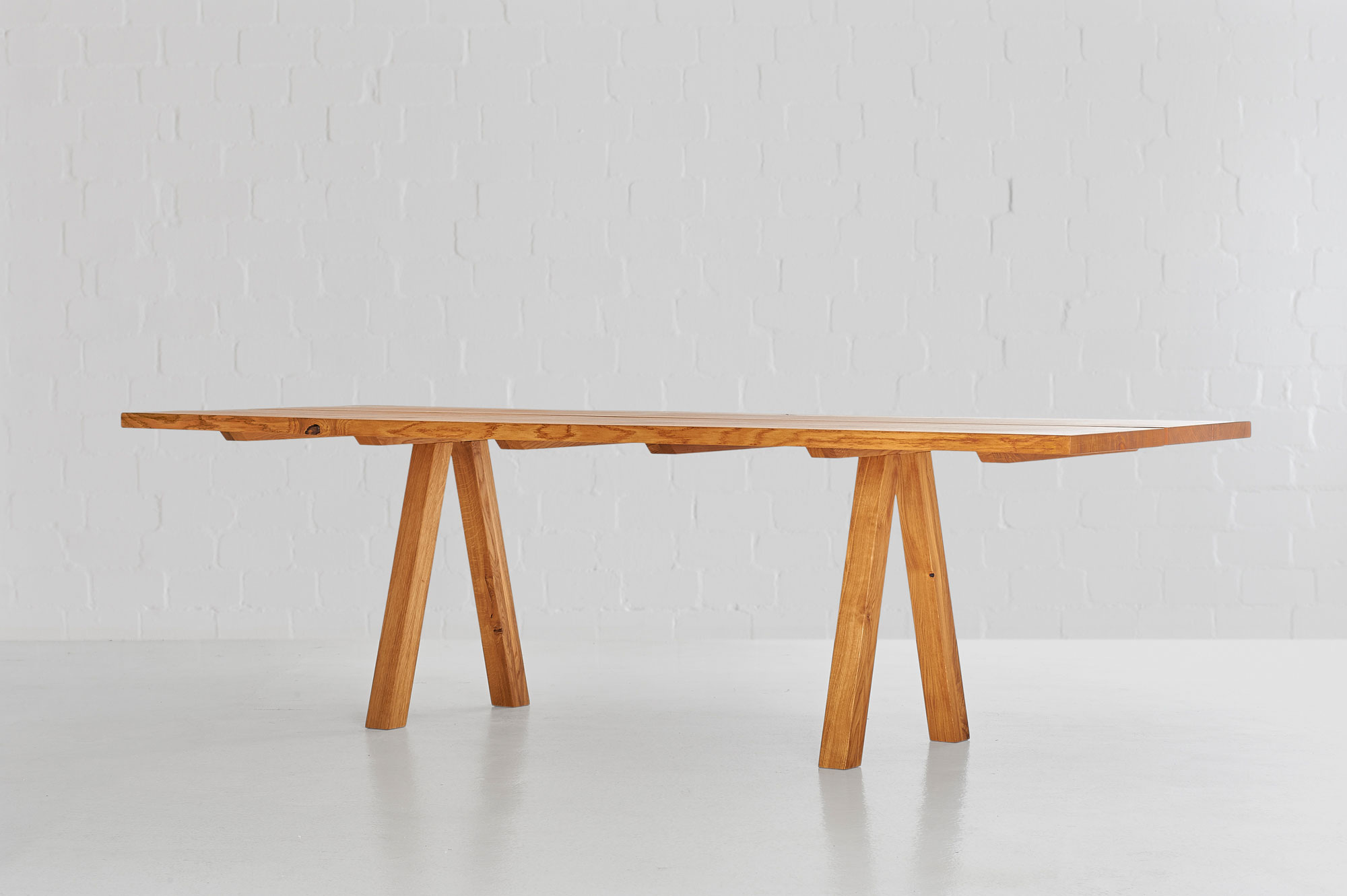 Designer Tree Trunk Table PAPILIO 0441 custom made in solid wood by vitamin design