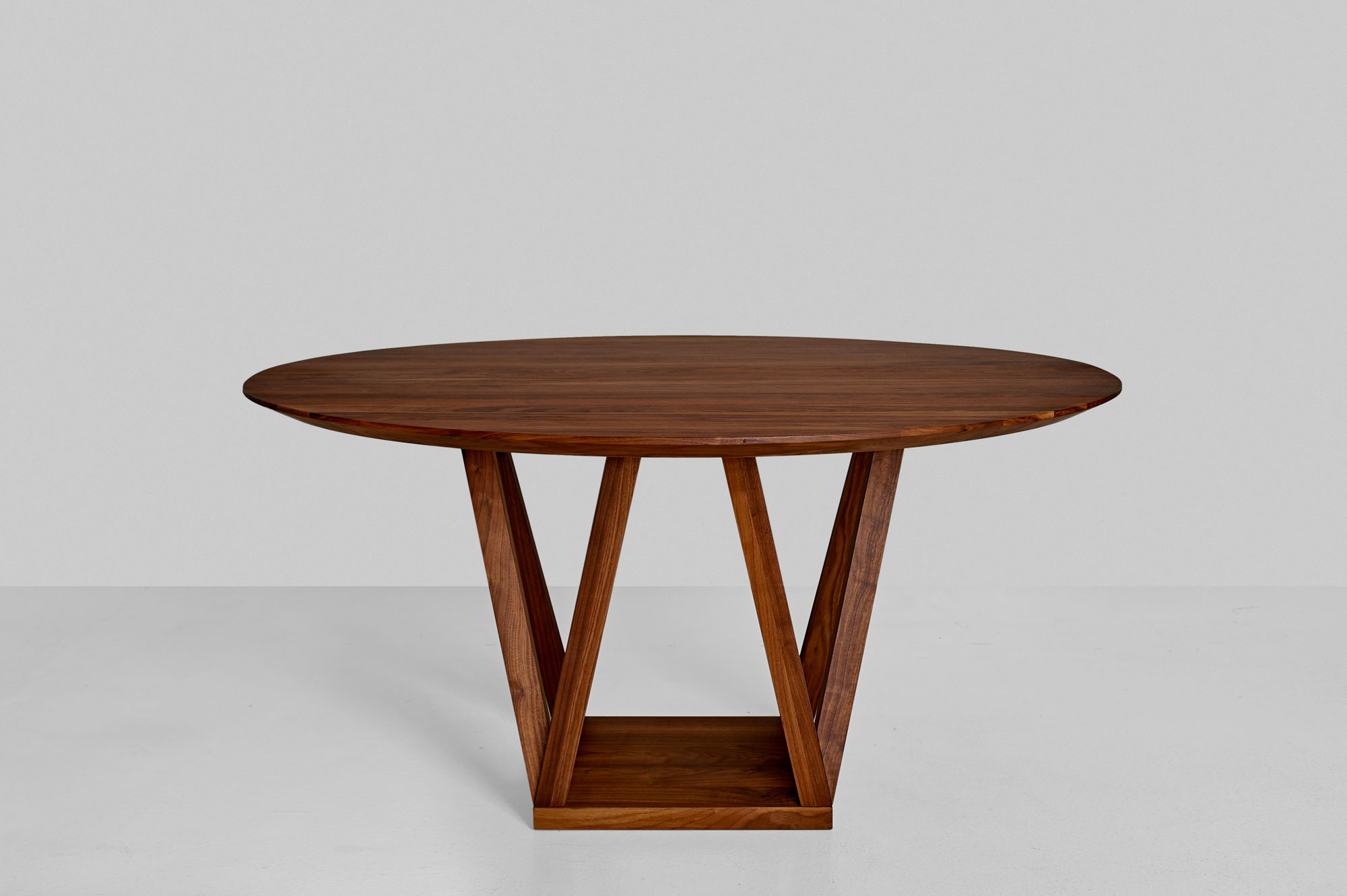 Round Designer Table CREO 0988 custom made in solid wood by vitamin design