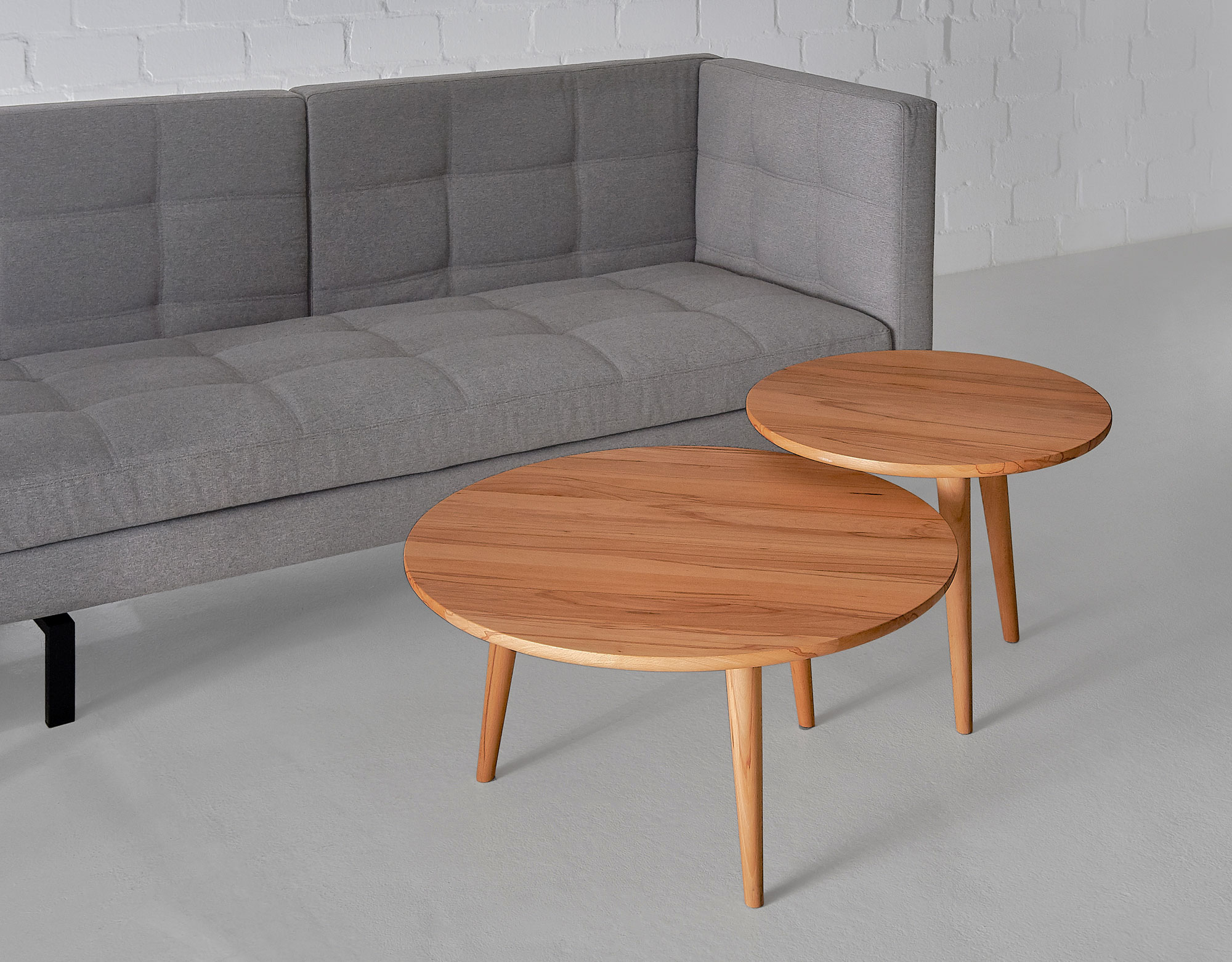 Round Coffee Table AMBIO ROUND Edited custom made in solid wood by vitamin design